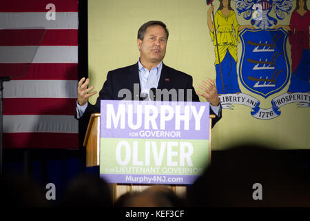 Newark, USA. 19th Oct, 2017. US congressman Donald Norcross takes the stage at a rally for New Jersey gubernatorial - Stock Photo