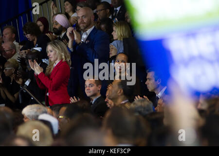 Newark, USA. 19th Oct, 2017. Supporters cheer as former US president Barack Obama returns on the campaign trail - Stock Photo
