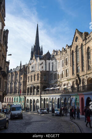 Victoria Street leading to Grassmarket in central Edinburgh, Scotland - Stock Photo