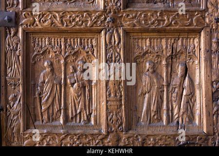 Detail of West Door, front, of Cathedral de Santa Maria de Leon in Leon, Castilla y Leon, Spain - Stock Photo