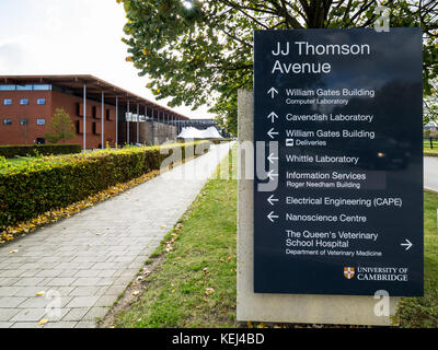 JJ Thomson Avenue on the West Cambridge Site of the University of Cambridge. Sign pointing to Cavendish Laboratory - Stock Photo