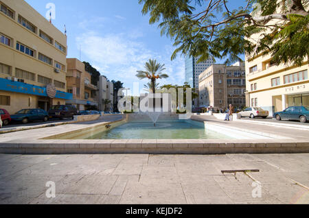 Founders Square, Rothschild Boulevard, Tel Aviv, Israel In memory of the 69 people who founded Tel Aviv in 1909. - Stock Photo