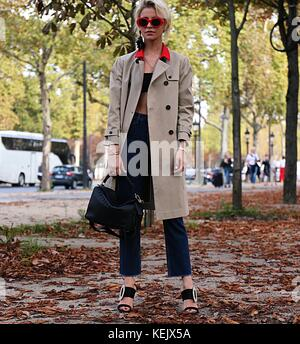 Paris, France. 27th Sep, 2017. Caroline Daur on the street during the Paris Fashion Week Credit: Mauro Del Signore/Pacific - Stock Photo