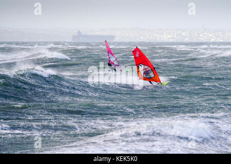 Beachlands, Hayling Island. Oct, 2017. UK Weather. Severe gales and large waves hit the south coast today as Storm - Stock Photo