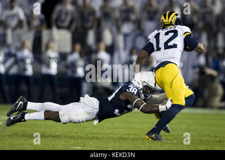 University Park, Pennsylvania, USA. 21st Oct, 2017. October 21, 2017: Penn State Nittany Lions cornerback Lamont - Stock Photo