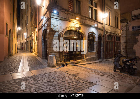 france rhone lyon brasserie le splendid jules ferry square stock photo royalty free image. Black Bedroom Furniture Sets. Home Design Ideas