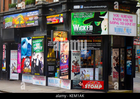 London, England, UK. London Theatre Bookings shop selling discount theatre tickets at 188 Shaftesbury Avenue. - Stock Photo