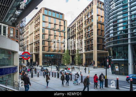 Bloomberg European headquarters, in the City of London, as seen from Cannon Street railway station. - Stock Photo