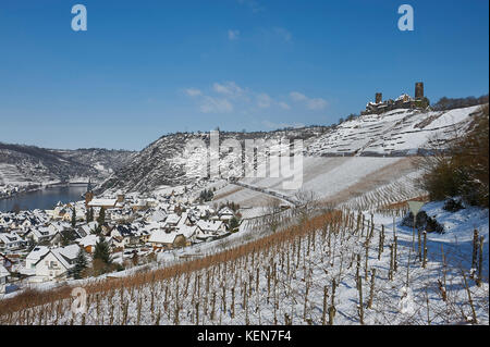 GERMANY, MOSEL, Alken  Castle Thurant above village Alken Moselle valley during winter covered with snow.  It was - Stock Photo