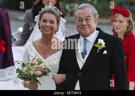 BRUSSELS, BELGIUM - NOVEMBER 20:  Bernardo Guillermo and partner Eva Prinz-Valdes attends Princess Annemarie Gualtherie - Stock Photo