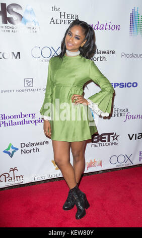 New York, United States. 23rd Oct, 2017. Vashtie Kola attends Harlem School of the Arts Masquerade Ball at The Plaza - Stock Photo