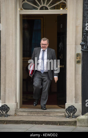 Downing Street, London, UK. 24 October 2017. David Mundell, Secretary of State for Scotland, leaves Downing Street on a grey autumn morning after a long cabinet meeting. Credit: Malcolm Park/Alamy Live News. Stock Photo