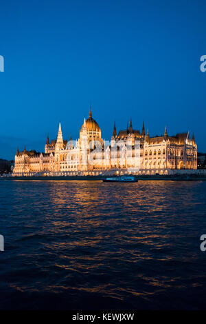 Vertical view of the Parliament Building at night in Budapest. - Stock Photo