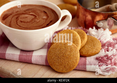 Speculoos honey shortbread cookies - Stock Photo