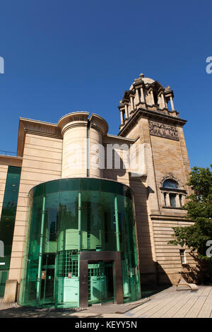 The Laing Art Gallery in Newcastle-upon-Tyne, England. The museum displays artworks and applied art. - Stock Photo