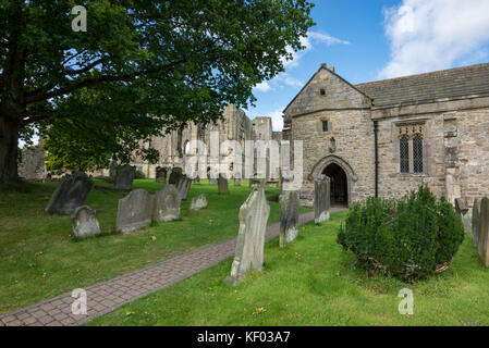 St Agatha's church and Easby Abbey near Richmond, North Yorkshire. - Stock Photo