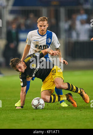 Magdeburg, Germany. 24th Oct, 2017. DFB-Pokal Soccer match, Magdeburg, October 24, 2017 Maximilian PHILIPP Nr. 20 - Stock Photo