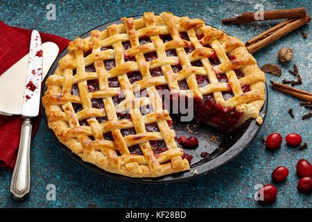 Mulled wine cranberry apple lattice pie - Stock Photo