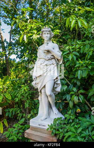 Australia, New South Wales, Sydney, Royal Botanic Garden, heritage marble statue 'Autumn' - Stock Photo