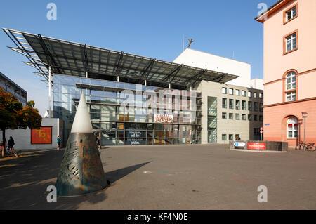 Staatstheater in Mainz, Rheinland-Pfalz, Kleines Haus mit Tritonplatz - Stock Photo
