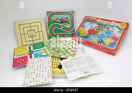 Vintage 1980's Spear's Games Compendium - Nine Men's Morris, Steeplechase, Ludo, Snakes and Ladders, Word Game - Stock Photo