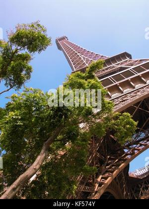 The Eiffel Tower from Quai Branly, Paris, France - Stock Photo
