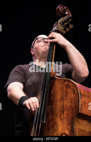 Yaron Stavi solo's on bass with The Lowest Common Denominator, Scarborough Jazz festival, 2017 - Stock Photo