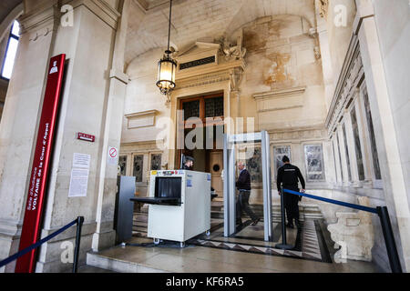 Paris, France. 25th Oct, 2017. Trial Merah, - 25/10/2017 - France/Ile-de-France (region)/Paris - Trial Merah, Credit: - Stock Photo