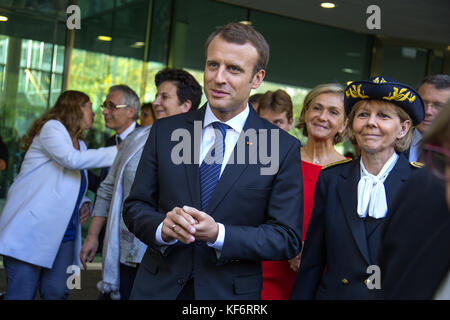 Paris, France. 25th Oct, 2017. French President Emmanuel Macron seen arriving at the university. French President - Stock Photo