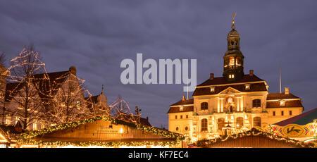 Christmas market and town hall, Lüneburg, Lower saxony, Germany, Europe, - Stock Photo