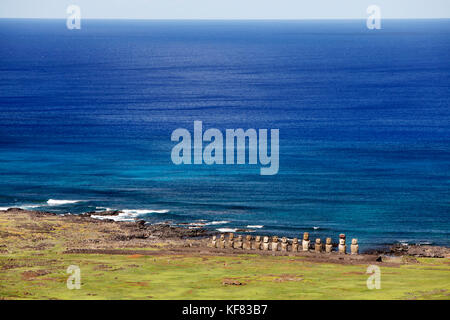 EASTER ISLAND, CHILE, Isla de Pascua, Rapa Nui, Rano Raraku is a volcanic crater on the lower slopes of Terevaka, - Stock Photo