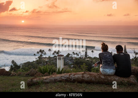 HAWAII, Oahu, North Shore, Eddie Aikau, 2016, spectators watching Surfers at the conclusion of the Eddie Aikau 2016 - Stock Photo