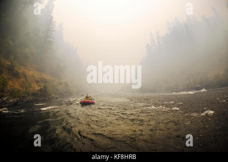 USA, Oregon, Wild and Scenic Rogue River in the Medford District, rafting near Hewitt Creek - Stock Photo