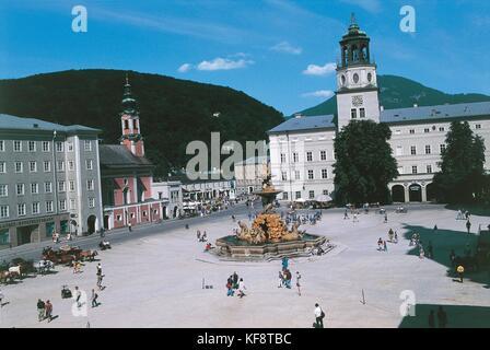 Austria, Salzburg (UNESCO's World Heritage Site, 1996). Residenzplatz - Stock Photo