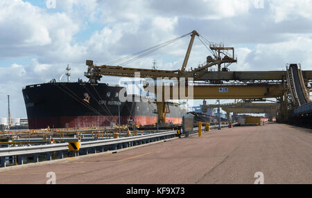Cape Australia loading coal 15th AUGUST,2016 NEWCASTLE,NEW SOUTH WALES,AUSTRALIA. ready for exporting the goods - Stock Photo