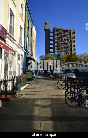 United Kingdom, London, North Kensington, Golborne Road, Trellick Tower - Stock Photo
