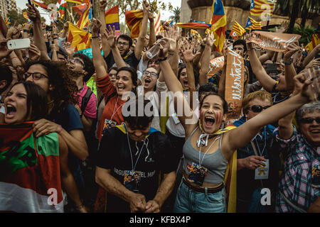 Barcelona, Spain. 27 October, 2017:  Catalan separatists react as the Catalan Parliament votes the independence - Stock Photo