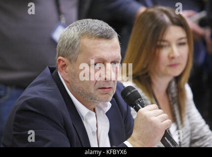 Kiev, Ukraine. 27th Oct, 2017. AKHTEM CHIYGOZ speaks during a media conference at the International Boryspil airport - Stock Photo