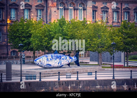 The Big Fish is a printed ceramic mosaic sculpture in Belfast also known as The Salmon of Knowledge. The work celebrates - Stock Photo