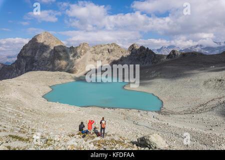 Photographers at Lej Lagrev during summer, Silvaplana, canton of Graubünden, Engadine, Switzerland - Stock Photo