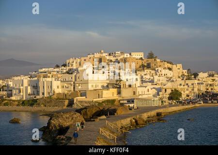 Naxos-Stadt im Abendlicht, Naxos, Kykladen, Aegaeis, Griechenland, Mittelmeer, Europa | Naxos-town, soft evening - Stock Photo