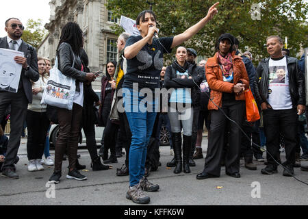 London, UK. 28th October, 2017. Becky Shah of the Hillsborough Justice Campaign, daughter of Inger Shah, addresses - Stock Photo