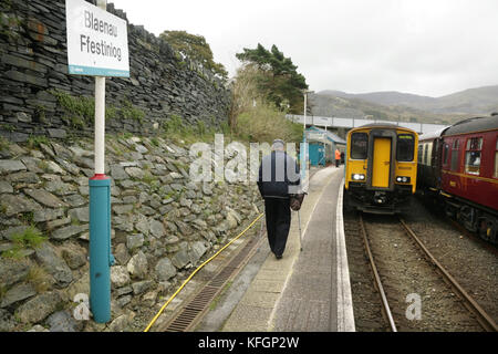 Arriva Trains Wales class 150 diesel multiple unit at Blaenau Ffestiniog station, Wales. - Stock Photo