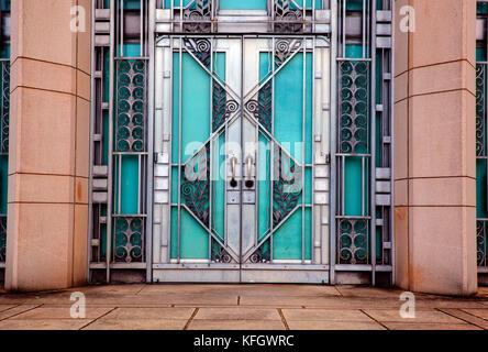 WA14015-00...WASHINGTON - Doorway at the Asian Museum in Volenteer Park, Seattle. - Stock Photo