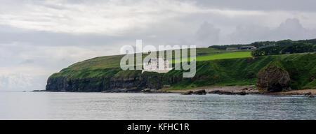 Dunbeath Castle, Caithness - Stock Photo