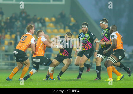Parma, Italy. 28th October 2017. Zebre's captain Tommaso Castello steps inside Cheetahs's defense in Guinness PRO14 - Stock Photo