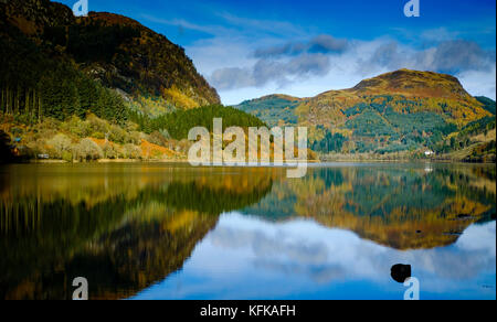 Early morning light on Loch Lubnaig, Highlands of Scotland - Stock Photo