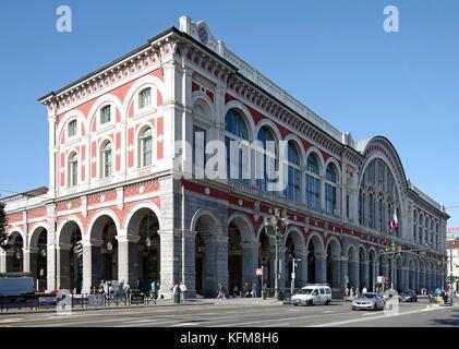 Torino porta nuova railway station in turin italy stock - Turin porta nuova ...
