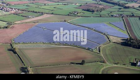 aerial view of a solar farm near Rolleston Park Farm, Tutbury, Burton-on-Trent DE13 9HQ, UK - Stock Photo