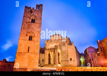 Erice, Sicily. Duomo dell'Assunta or Chiesa Madre main church of medieval Erix, Italy. - Stock Photo
